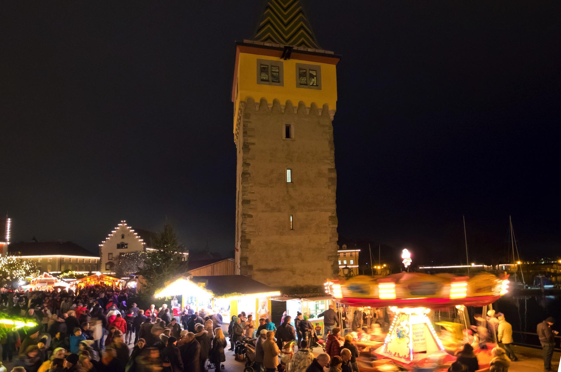 Lindau Weihnachtsmarkt.Fotos Lindau Weihnachtsmarkt Am Bodensee Mangturm Das Rathaus