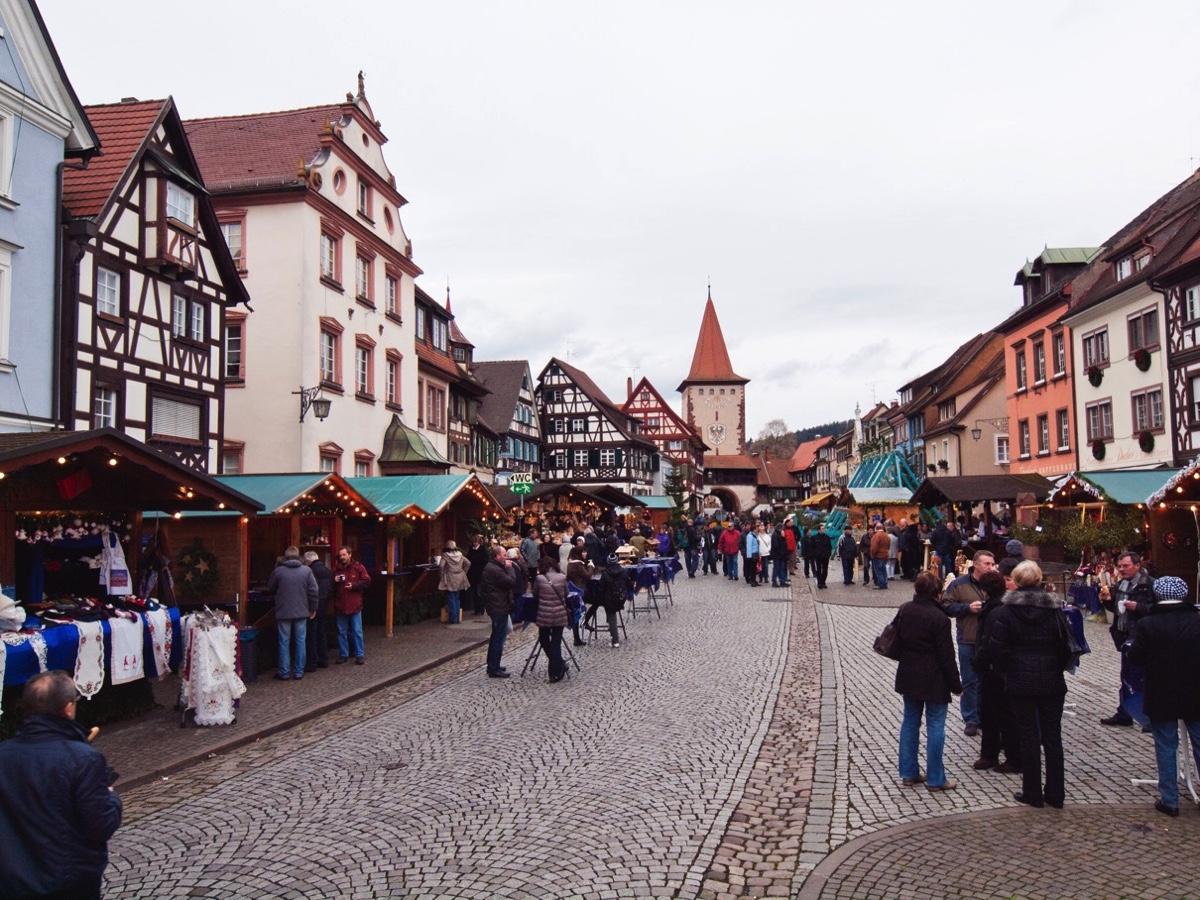 Fotos Gengenbach Rathaus größter AdventsKalender
